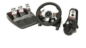 Logitech G27 Racing Wheel / Simulator