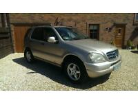 MERCEDES-BENZ ML 270 AUTOMATIC 7 SEATER