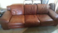 Leather couch - great condition !