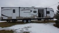 2013 Forest River Wildwood 37' travel trailer
