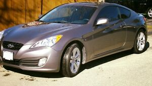 2012 Hyundai Genesis Coupe 2.0 T Coupe (2 door)