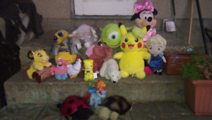 Official Genuine Walt Disney Stuffed Toys. Whole lot $25!!