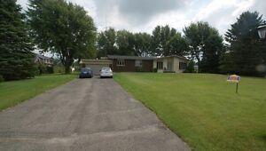 GRANDE maison à vendre