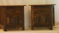 tables de chevet en bois de style antiques