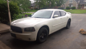 2010 Dodge Charger sxt 3.5lho auto rwd only 95000k