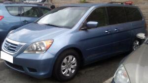 2008 Honda Odyssey EX-8 seats Minivan