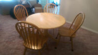 Round Table..Solid Wood..