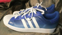 ADIDAS MEN'S ATHLETIC SNEAKERS SIZE 11.5