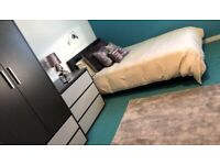 STUDENT ROOM TO RENT IN LIVERPOOL. ROOMS WITH PRIVATE BATHROOM, ENTIRE PLACE, PRIVATE KITCHEN