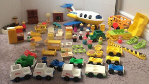 Huge Vintage Fisher Price Little People Lot Jet Plane Boat Bus++