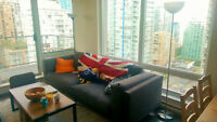 Furnished room in Yaletown with private bath utilities included