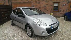 2010 RENAULT CLIO 1.2 16V EXTREME **12 MONTHS MOT**
