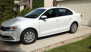 MUST SELL 2015 Volkswagen Jetta Trendline+ Sedan (Gas Engine)