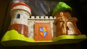 Mike the knight Castle - $10
