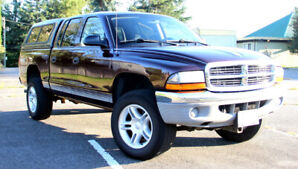 Dodge Dakota 4x4 quad cab v8 5spd