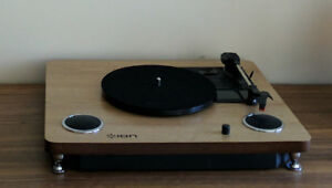 ION Turntable with Built-In speakers