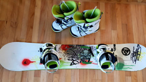 Beacon snowboard with Ride Bindings & Boots