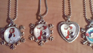 BETTY BOOP necklace lot.