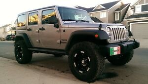 2014 Jeep Wrangler Unlimited Sport SUV, Crossover