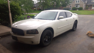 2010 Dodge charger sxt only 95k