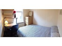ROOM AVAILABLE SHARING WITH THREE 2ND YEAR UNIVERSITY OF LEEDS STUDENTS - 20 MINUTES WALK TO CAMPUS