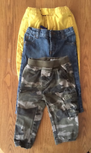 BOYS 12M-18M FALL/WINTER CLOTHES IN EXCELLENT CONDITION!!