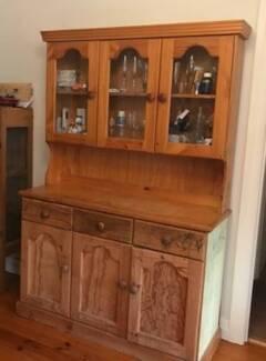Hutch Dresser, solid timber