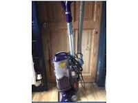 Upright Morphy Richards vacuum cleaner hoover, powerful, ideal for family and pets