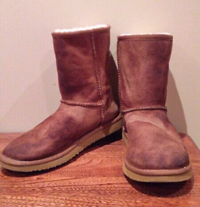 Ugg Style All Leather Boot