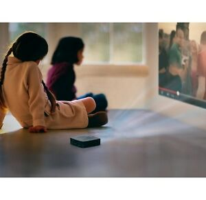 Philips Multimedia Pocket Projector with Wifi and Touch Pad