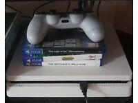 PS4 White slimline bundle