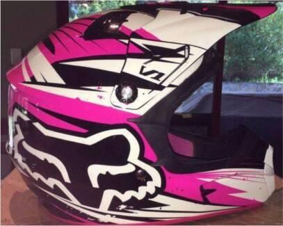 Pink & White Fox motorcycle helmet $150 ono