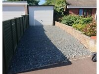 TENANT WANTED - Large garage with parking for rent in Belton Great Yarmouth