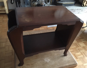 UNIQUE ART DECO 1970'S MAGAZINE RACK/END TABLE!!