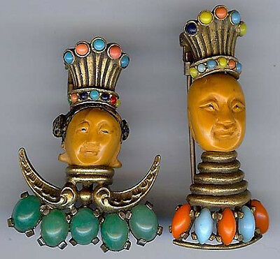 WONDERFUL 1940'S VINTAGE CARVED FACES JEWELED ROYAL EMPEROR COUPLE FUR CLIP SET - 1940's Couples Costumes