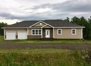 Lakeside Estate ~New Large bungalow. Great price