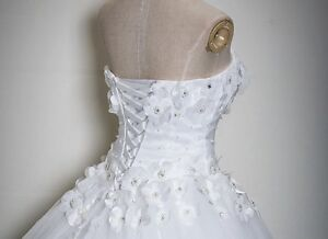 Wedding dress Cambridge Kitchener Area image 6