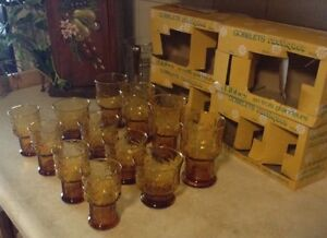 VINTAGE COUNTRY GARDEN.VTG RUSTIC TUMBLERS IN 3 SIZES BY LIBBEY. Gatineau Ottawa / Gatineau Area image 2