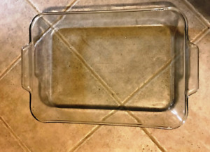 ANCHOR  HOCKING  BAKING  DISH  FOR  SALE