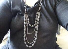 Black beaded neckace