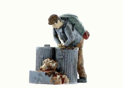 Logging BUCKER Boss of the bucker backwoods crew comes Finished O Scale On30
