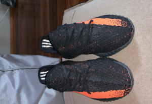 Yeezy boost 350 v2 Orange and Black in great condition Bulleen Manningham Area Preview