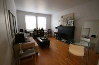 3 1/2 WALKING DISTANCE TO VILLA MARIA METRO & MONKLAND VILLAGE