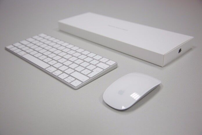 Apple wireless magic Keyboard and Mouse - BNIB