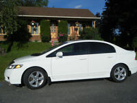 2011 Honda Civic toit ouvrant Berline