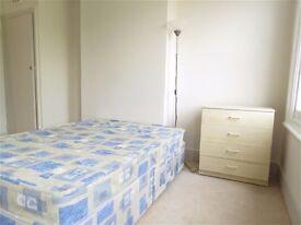 modern large 2bed flat MARGATE CT9 2ER own 2 bedrms own bathrm own kitn own lnge garden
