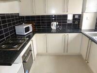 4 bedroom flat in Harrington Road - P1354