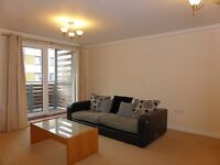 3 bedroom flat in Sheffield Court - P1406