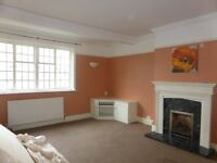 4 bedroom flat in Harrington Road - P1354