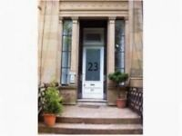 Fantastic one bed flat in bustling West End townhouse for 1